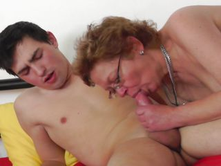 mature shows her years of experience
