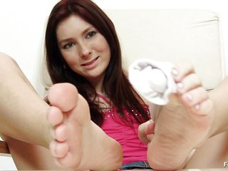 sexy babe preparing for feet job