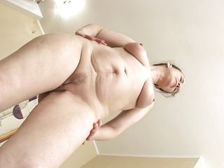 horny mature is enjoying her precious masturbation