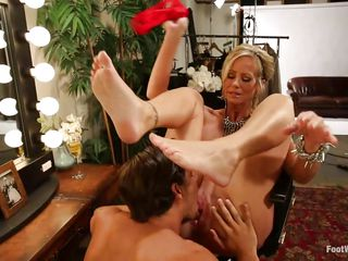 blonde actress has her feet worshipped