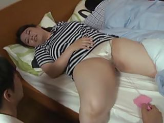 chubby japanese mature gets pussy played