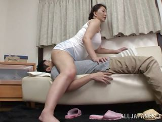 chubby mature japanese lady does 69