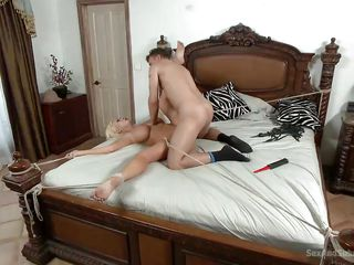 blonde slut gets tied and fucked