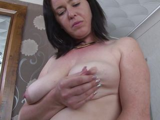 gorgeous mature lustfully masturbating
