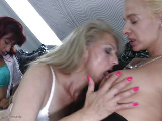 old & young lesbians getting laid