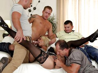 klarisa gets fucked by 4 sexy men @ 4 on 1 gang bangs #04