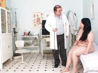 busty brunette gets played by doctor