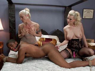 blondie sluts fuck a black dude
