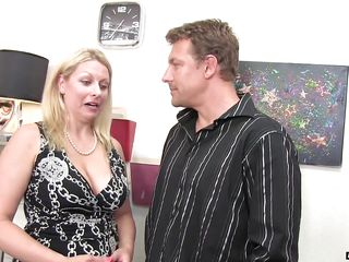 desiring milf wants to fuck