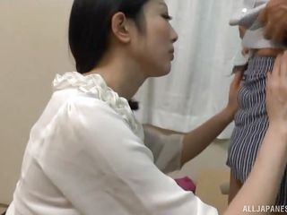 mature japanese housewife gets fingered