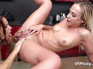 her piss tastes so good!