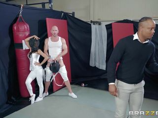 tia cyrus fucks with her fencing instructor