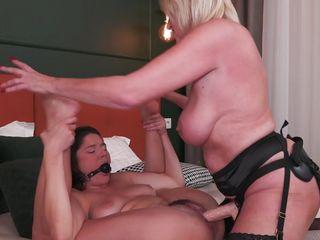 blonde mature found herself a busty victim