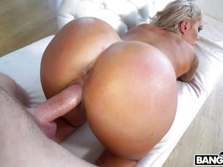 pushing cock deep into the horny blonde's wet cunt