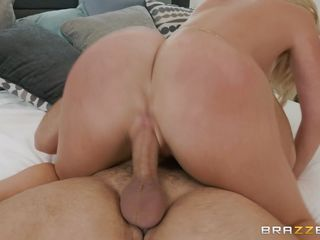 busty mom asked her step-son to cum in her pussy